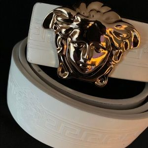Other - Versace belt like new